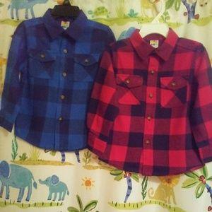 2 toddler boys shirts